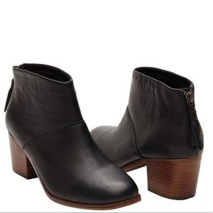 TOMS Black Leather Leila Ankle Bootie Boots